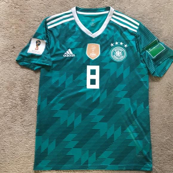 new arrival 3b4b8 ffc75 2018 FIFA World Cup Toni Kroos Germany Jersey NEW NWT